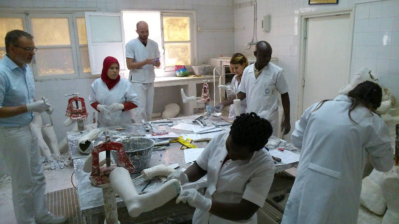 Cat. I students during Advanced Orthotics workshop in Tunisia.