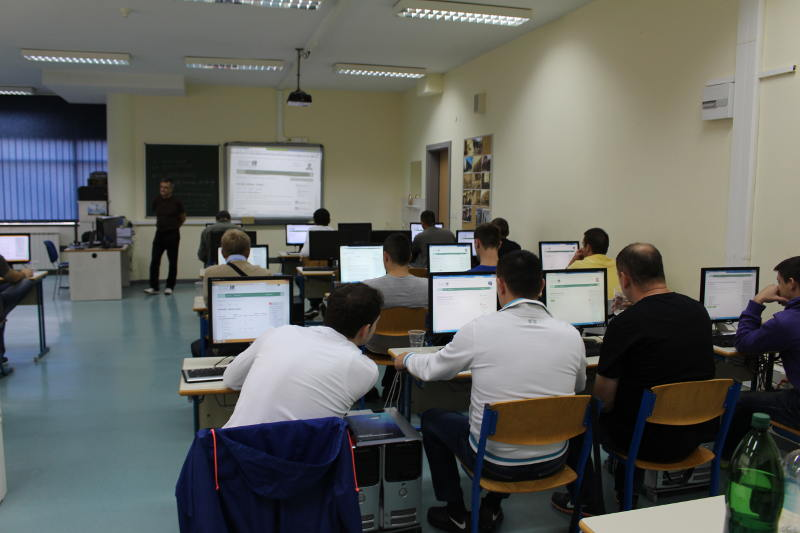 IT director Mehmed Latifagić going through the online platform with our new students.